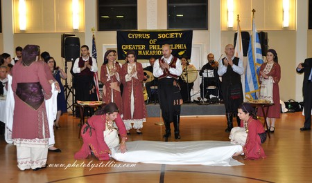 "Dancing ""The bed""with the Pancyprian Dance Group"